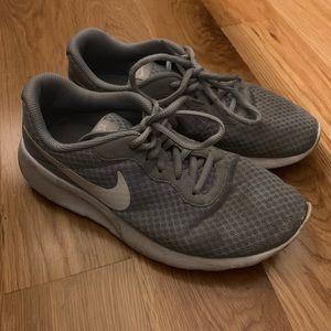 Boys Nike Flex Tennis Shoes 👟
